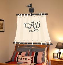 Photo courtesy of www.bedroompedia.com